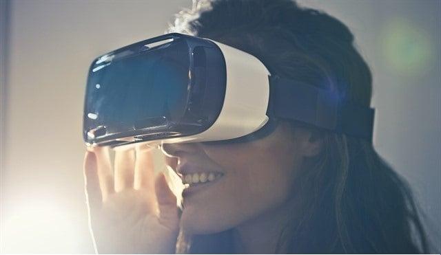 virtual reality_640x426